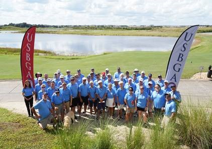 group photo showing all players and coaches for the 2021 National Championship